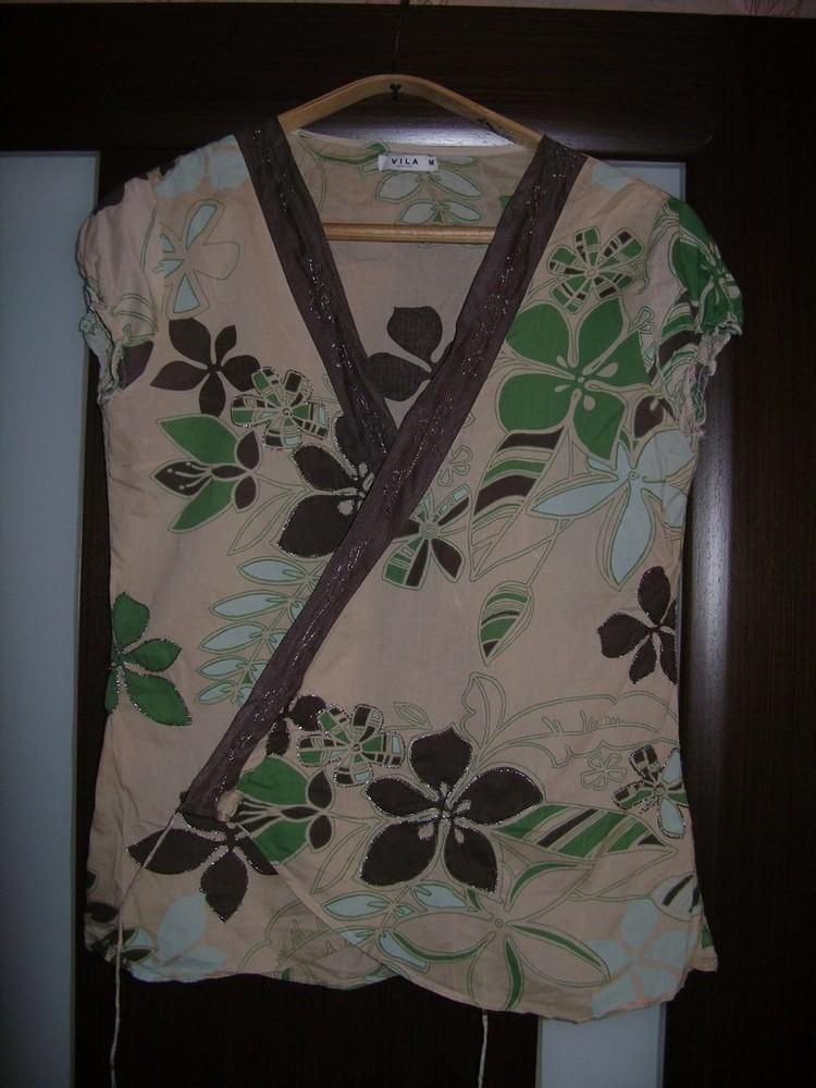 Продам красивую блузку с запахом размер м фото №1