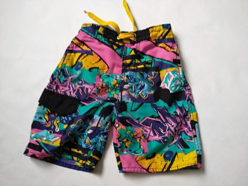Яркие шорты мальчику на 5-6 лет фото №1