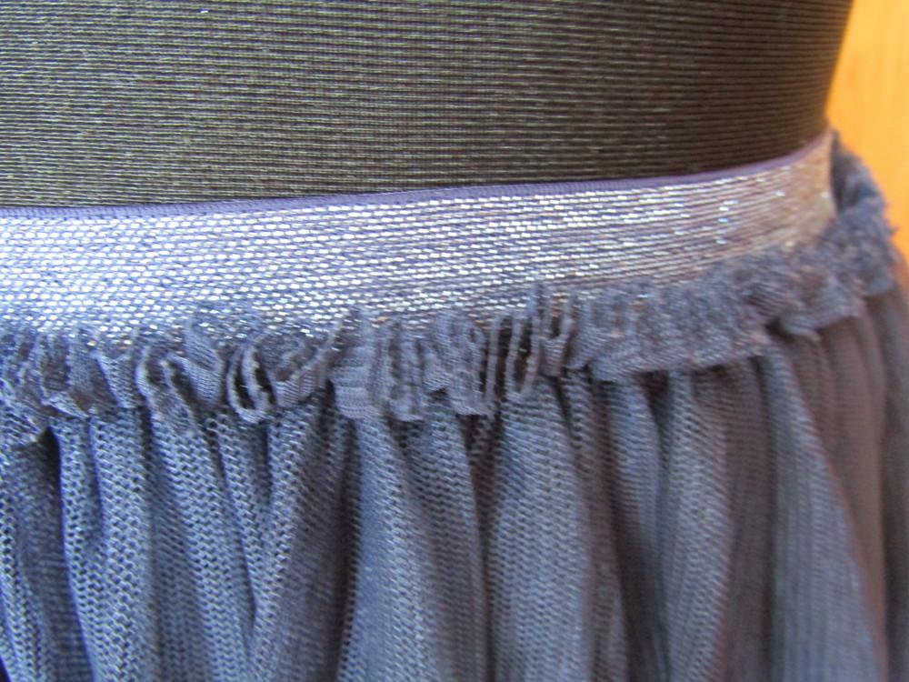 Фирменная юбка-тату из мягкой сетки на подкладке,италия, на рост 118-122 фото №2